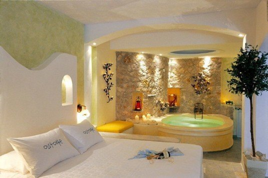 bedroom-jacuzzi