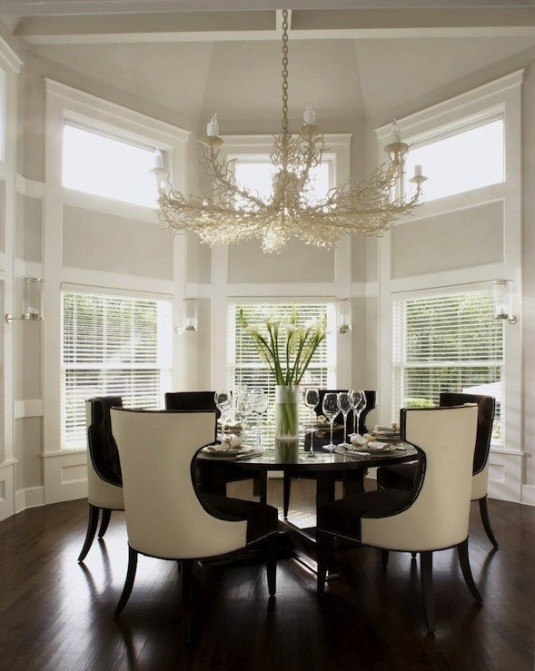 dining room-black and white