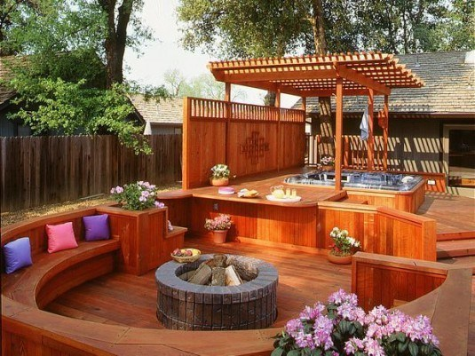 hot tub-wood