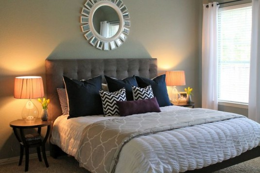 master bedroom-tufted bed