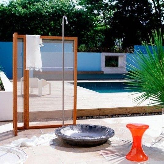 outdoor shower-simple
