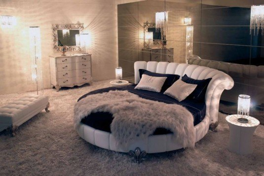round bed-white and black