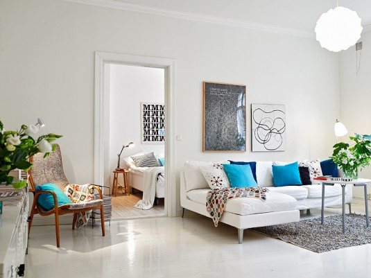 scandinavian living room-white and blue