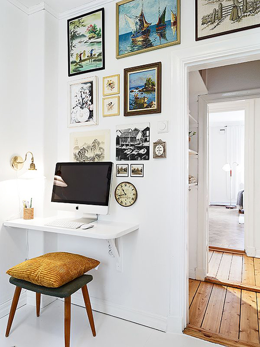 small wall mounted computer desk