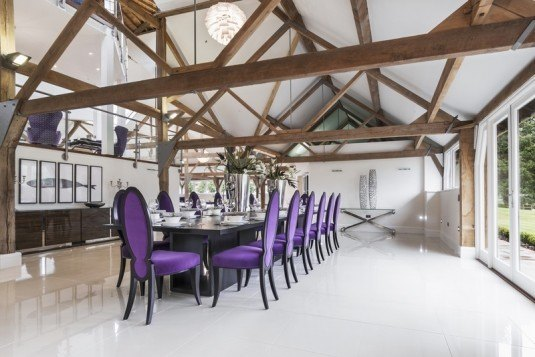 Berkshire-Grade-Two-Octagonal-Barn-purple-dining