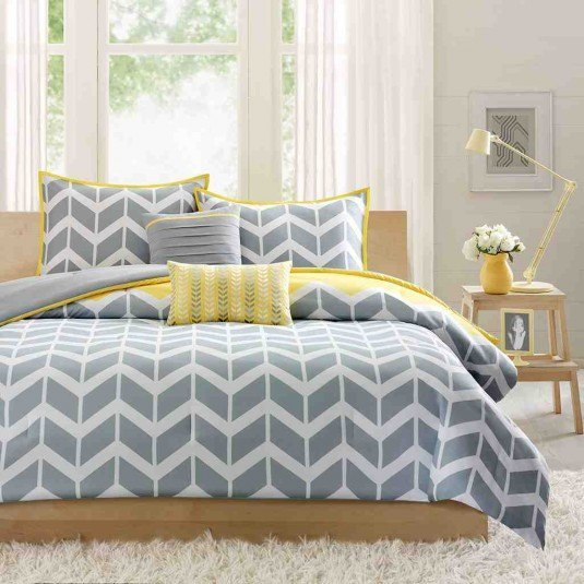 contemporary-bedroom-with-luxury-yellow-grey-comforter-set-with-beautiful-design-astonishing-gray-and-white-comforter-set-gray-and-white-comforter-set-gray-comforter-sets