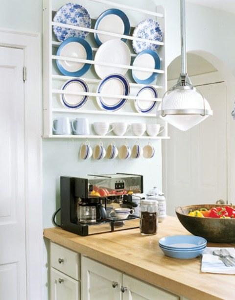 kitchen-dish display