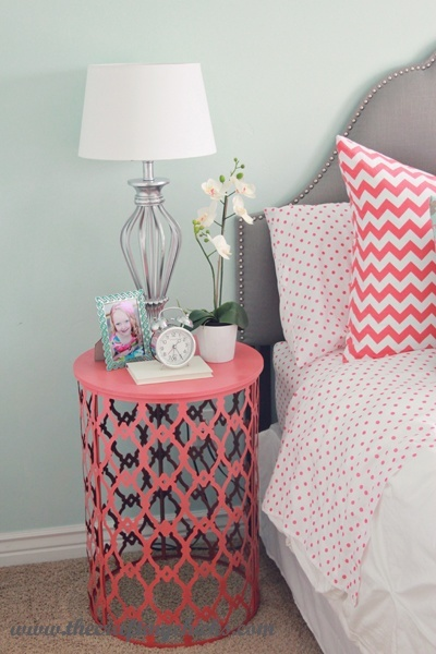 nightstand-red