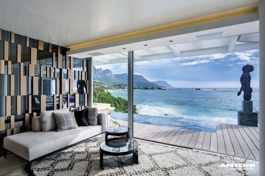 30-Modern-Floor-to-Ceiling-Windows-2