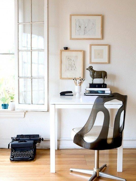 HDSW1_Modern-Office-Artwork_s3x4.jpg.rend.hgtvcom.1280.1707