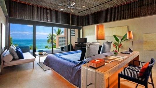 Luxury-bedroom-design-1024x582