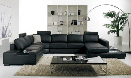Modern-Living-Room-With-Black-Furniture