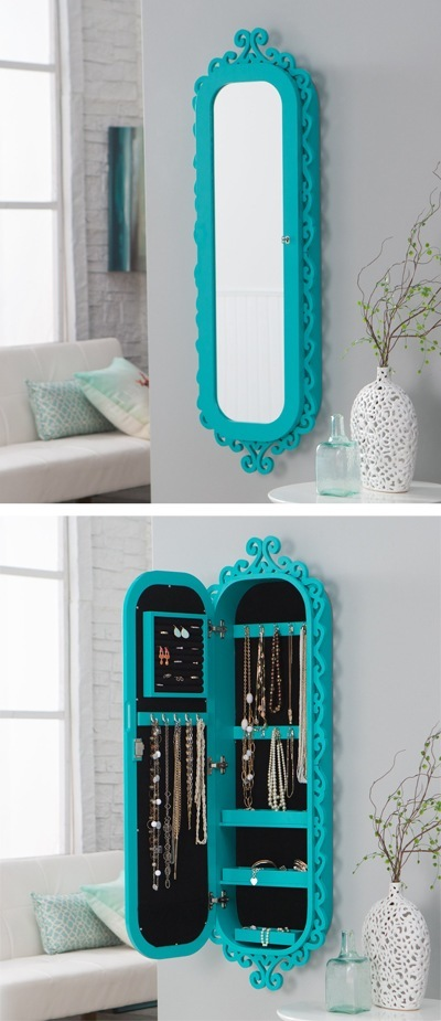 Wall-Scroll-Locking-Jewelry-Armoire
