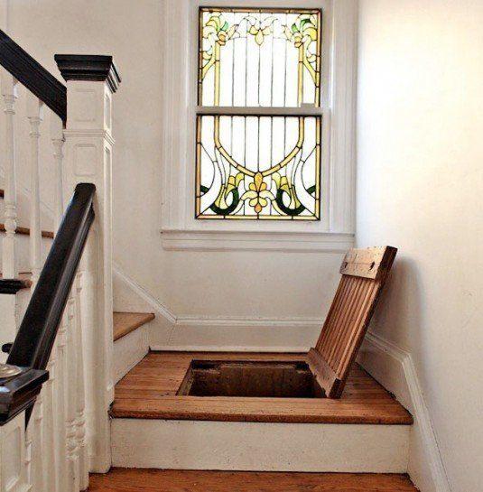 secret staircase area