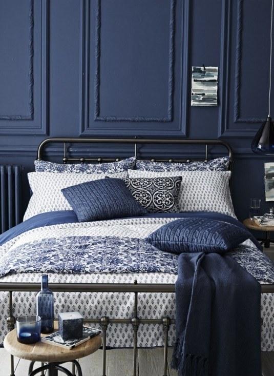 Navy-blue-bedroom-design