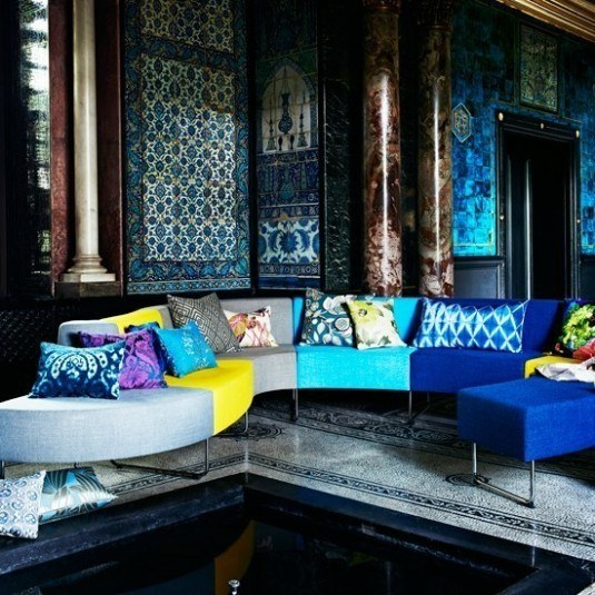 Peacock-Tones-Living-Room-Homes-and-Gardens-Housetohome