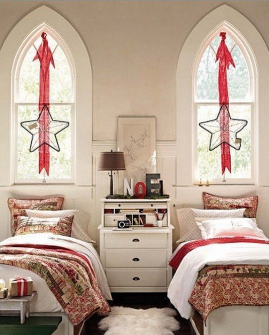 15 Amazing Ideas To Decorate Your Bedroom: 10 Amazing Ideas Of How To Decorate Your Bedroom For Christmas