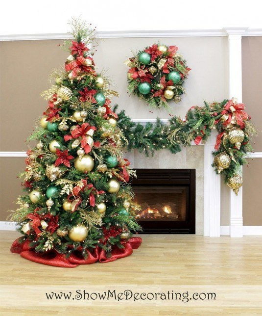 christmas-tree-decorating-ideas-with-garland