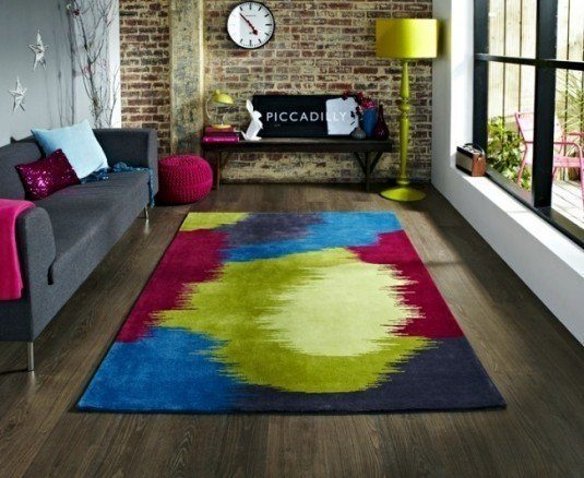 colorful-rugs-from-india-and-china-imported-from-europe-ocr-0-915