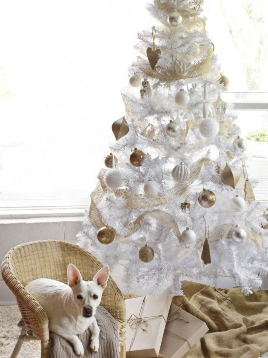 white-christmas-tree-decorations-2015-u9udo8wa