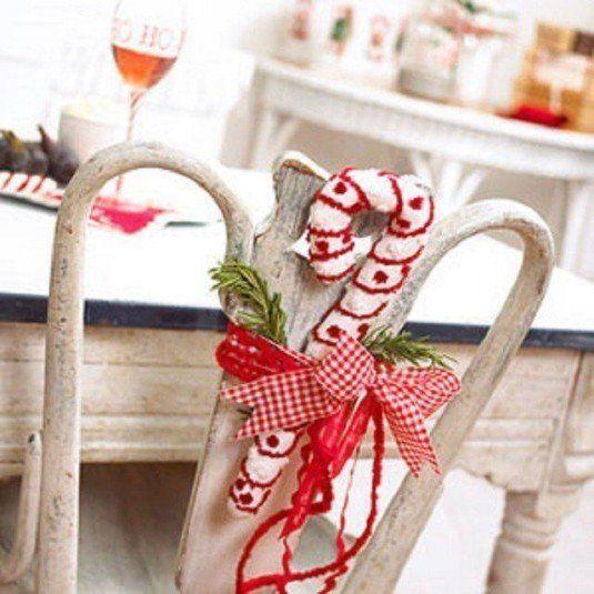 decorar-las-sillas-en-navidad-9