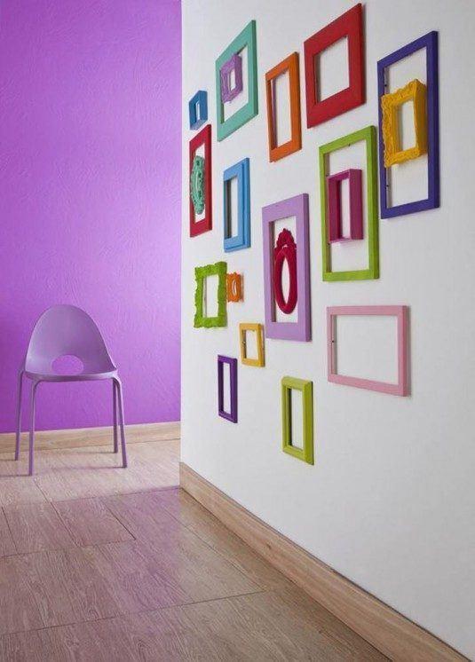 parede-decorada-com-molduras