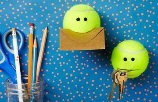 6-ways-to-use-tennis-ball-1