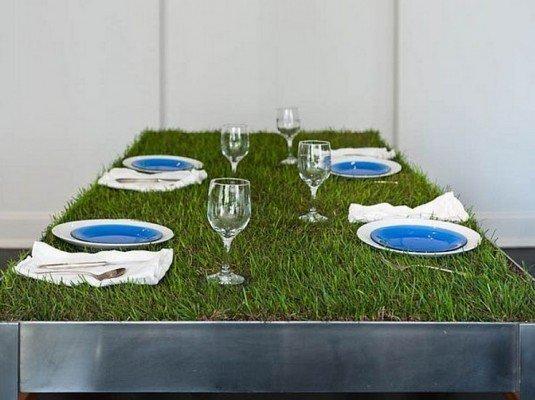 DIY-Grass-Table