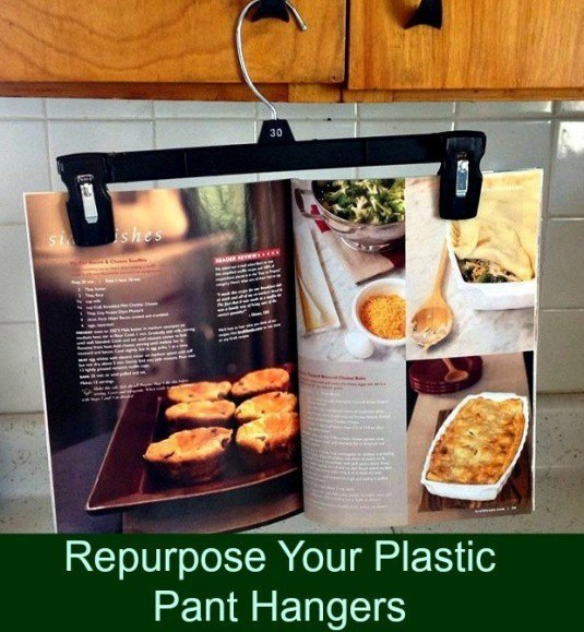 Repurpose-Your-Pant-Hangers