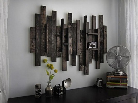 Reclaimed-Pallet-Wall-Decor