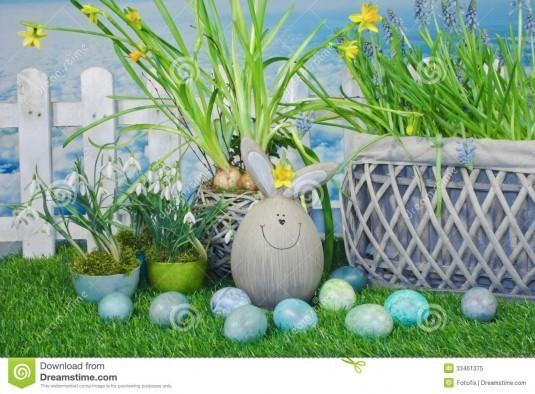 grappig-pasen-konijntje-tuin-33461375