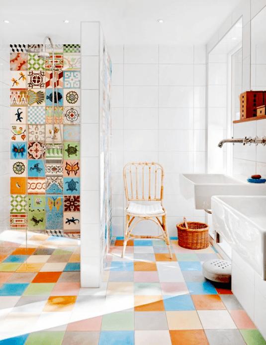 multi-colored-tiled-bathroom-designs-12