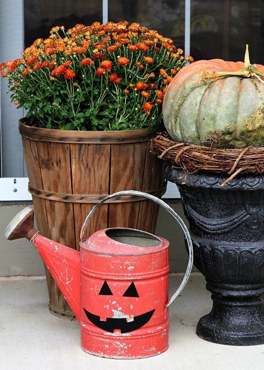 Repurposed-Watering-Can-Halloween-Pumpkin-9751