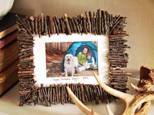 17-DIY-Picture-Frames-4