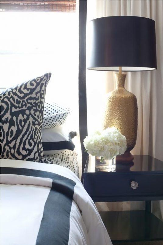 daykarobinsondesignsblog boxwood clippings gold hammered night stand lamp