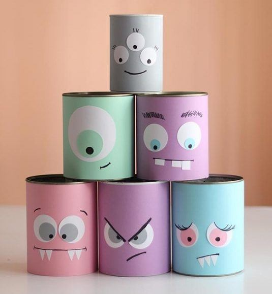 reused-old-tin-cans-as-halloween-crafts-for-kids-with-funny-decoration