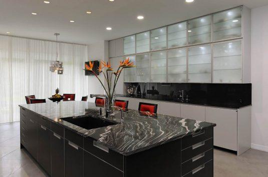 dapur-model-minimalis-berkonsep-elegan