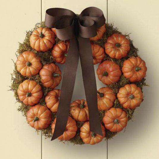 halloween-wreath-williams-sonoma-pumpkin-patch-700x700