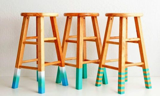 crafts-projects-diy-color-dipped-stools-3