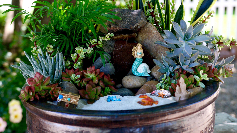 12 mermaid garden ideas that are so trendy now