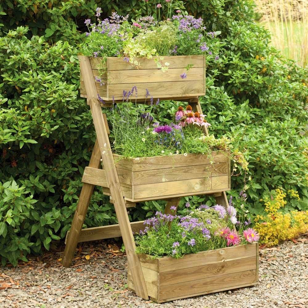 15 Fascinating Garden Planter Ideas To Spice Up Your Garden