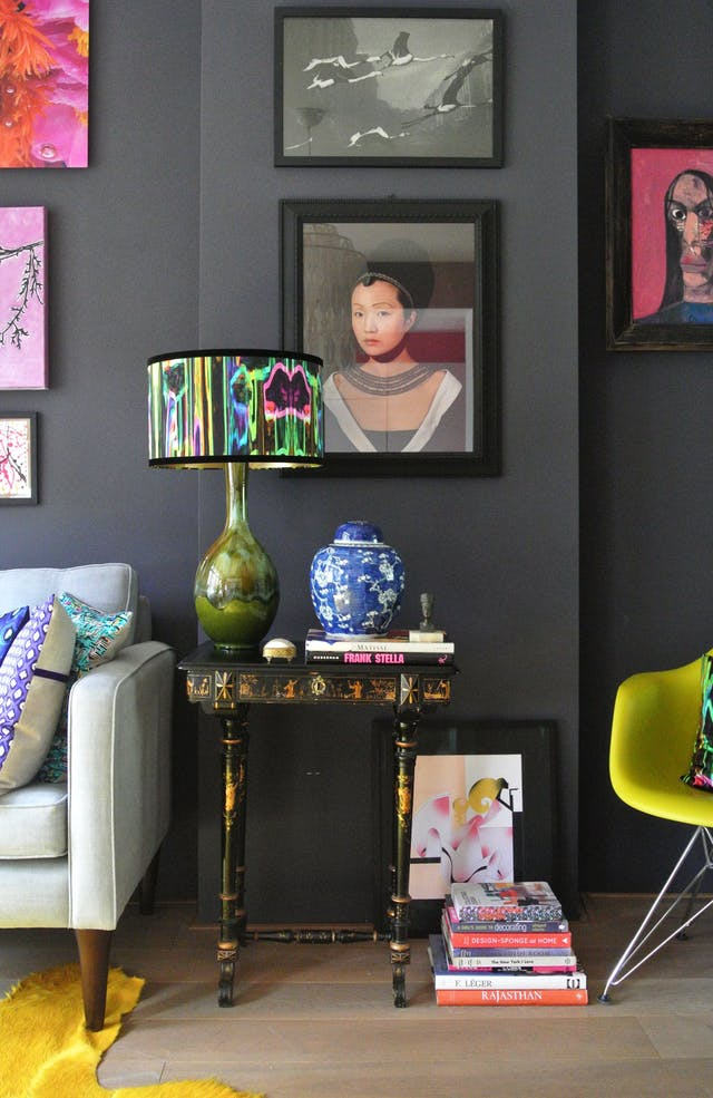 10 Living Rooms That Will Make You Want To Redecorate: Eccentric Living Room Designs That Feature Richness With