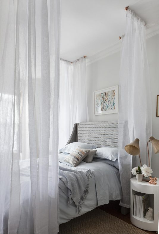 Charming Modern Curtain Divider Ideas For Bedroom That Will Add Privacy