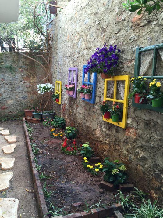 DIY Cheap Garden Decor To Bring A Whole New Look