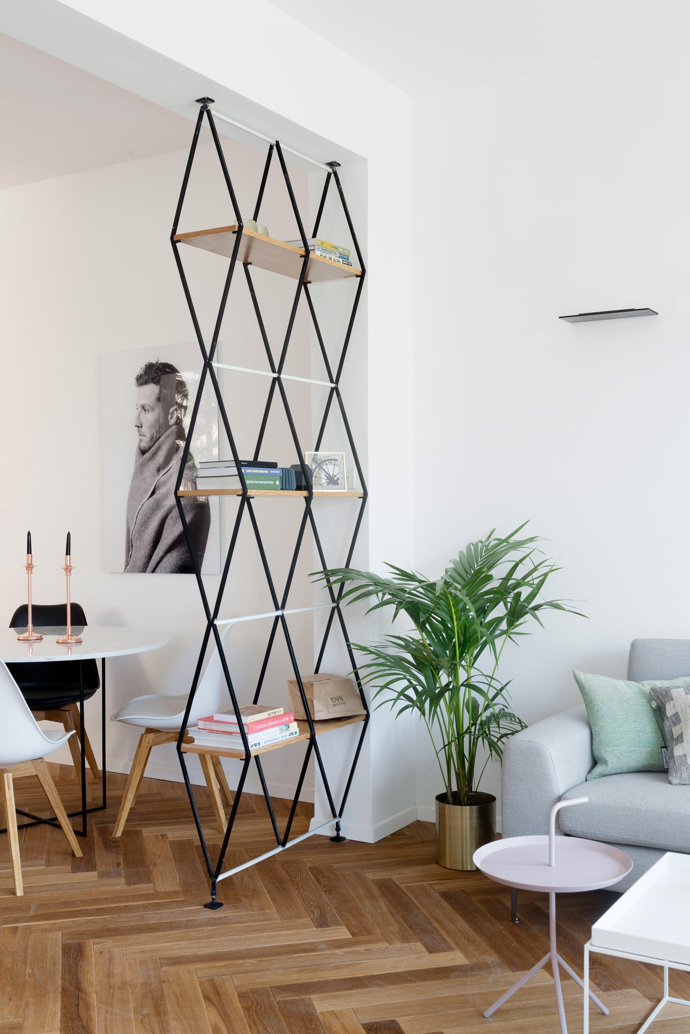 Room divider ideas to create separate zones in open plan homes - Estanterias separadoras de ambientes ...