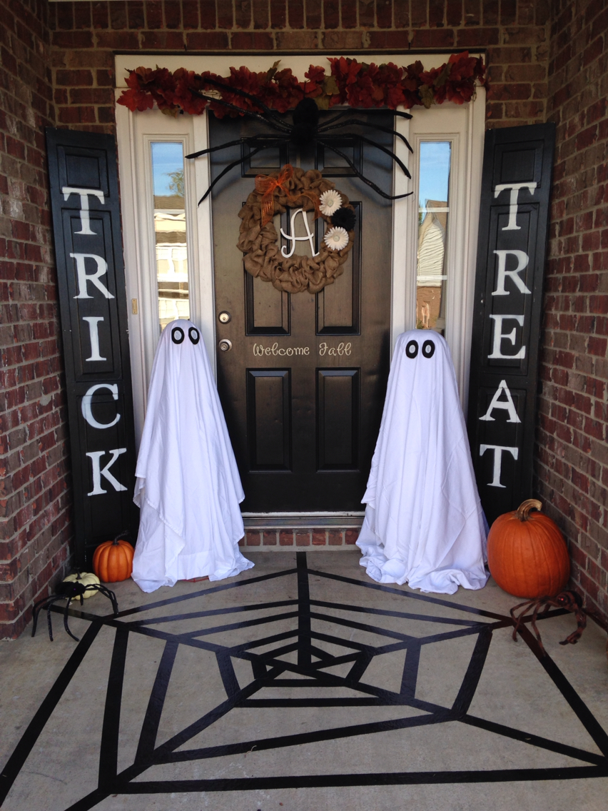 Helpful Tips For Creating A Halloween Porch That Will Make