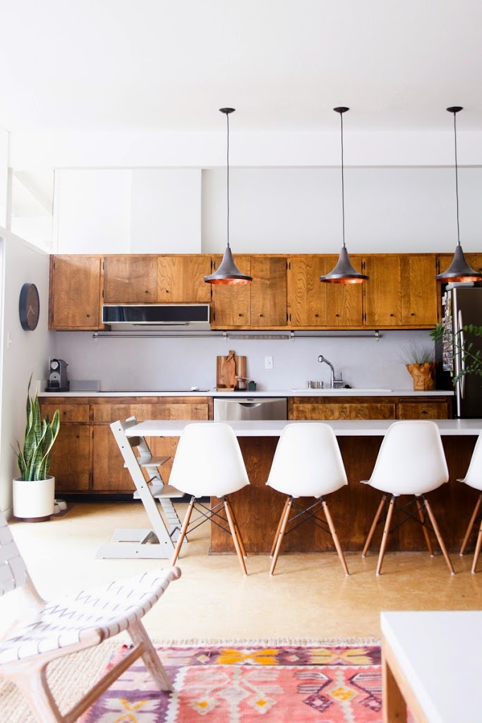 mid century modern kitchen. Source · Mid Century Modern Kitchen