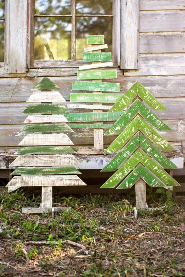 easy diy pallet christmas tree ideas to amaze everyone with your creativity - Wood Pallet Christmas Tree