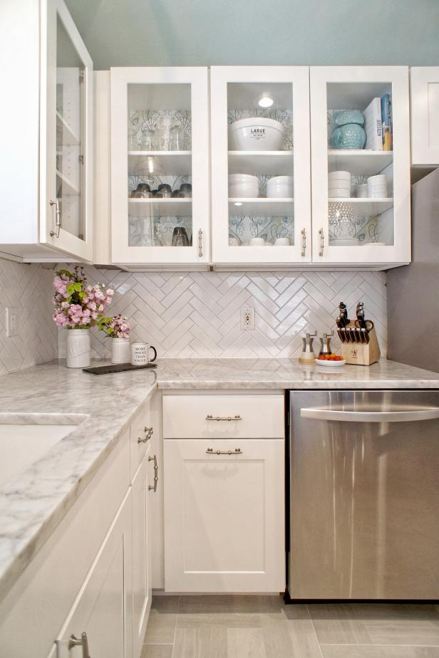 How To Style Your Glass Front Kitchen Cabinets In A Fabulous Way