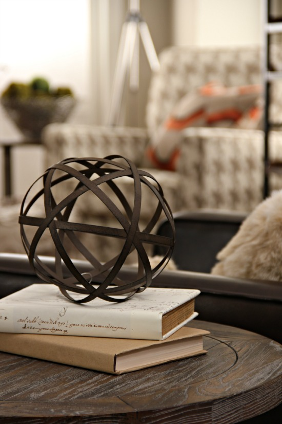 Very best Spectacular Ways To Style Decorative Orbs SW64